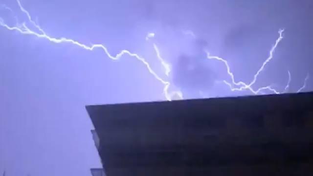 Fast 10 000 Blitze gemessen