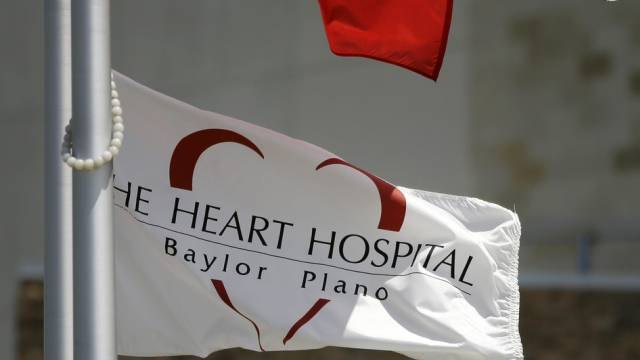 Flagge der Herzklinik von Plano im Norden von Texas (Archiv)