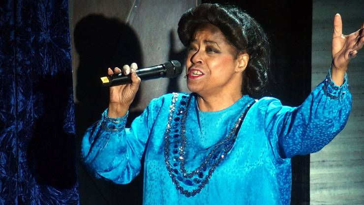 Joan Orleans als Mahalia Jackson im Kurtheater Baden