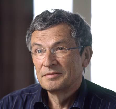 Der Schweizer Autor Charles Lewinsky erhält den diesjährigen Literaturpreis. (Archivbild)