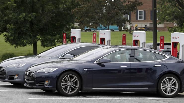 Kalifornien will innert acht Jahren 2,5 Milliarden Dollar in die Förderung sauberer Autos wie Elektrofahrzeuge investieren. (Symbolbild)