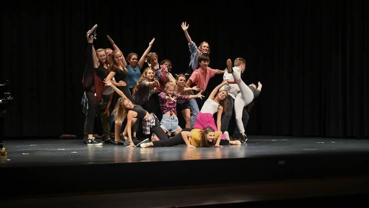 Ausgezeichnet: Die beiden mit dem Nachwuchsförderpreis ausgezeichneten Grenchner Künstler Viviana Cali und Tom Muster überraschen mit Ausschnitten aus diversen Musicals und einer 18-köpfigen Company.