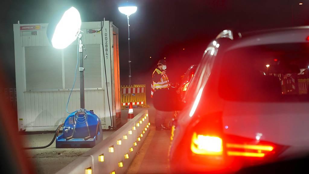 Bundesregierung will Corona-Beförderungsverbot verlängern