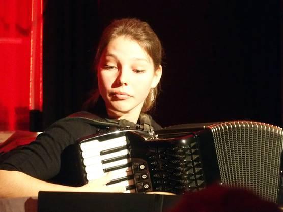 Sinnlich und virtuos - Akkordeonistin Ina Callejas.