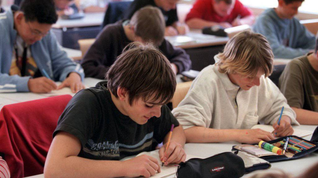 Gemäss einer Studie lernen Jugendliche lieber Englisch als eine Landessprache. (Symbolbild)