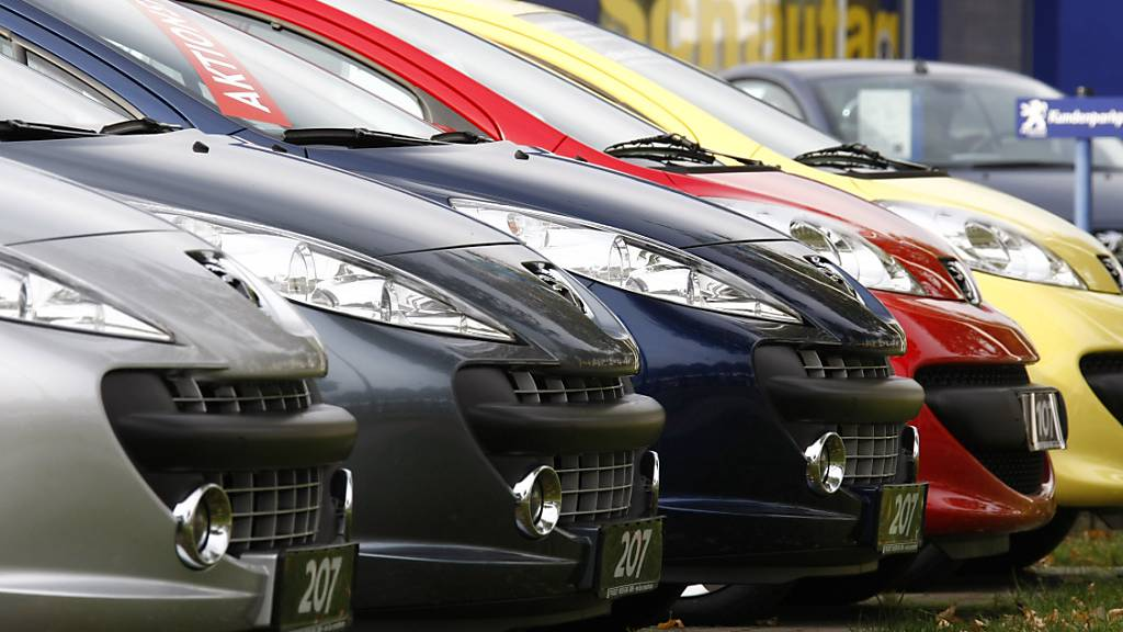 Astra-Mitarbeiter soll Daten für Auto-Importeur manipuliert haben