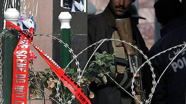 Afghanischer Polizist bewacht Gästehaus in Kabul (Archiv)