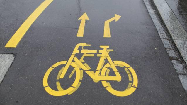 Die Sicherheit für den Langsamverkehr sollen durch die Verkehrsmassnahmen erhöht werden. (Archiv)