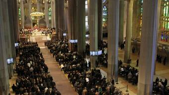 Gottesdienst in der Basilika Sagrada Familia für die 150 Opfer