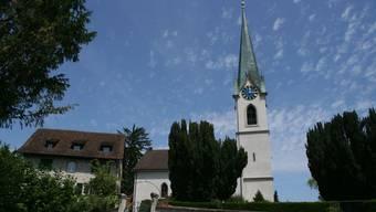 Die reformierte Kirche Niederweningen, das markanteste Gotteshaus im Wehntal.