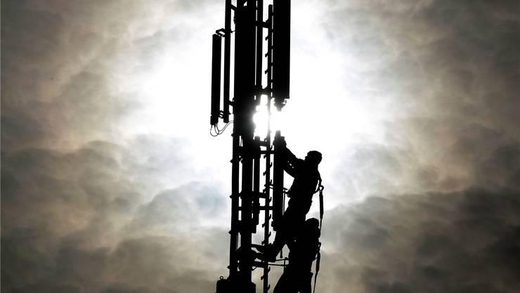 Nur der Himmel setzt das Limit: Mobilkommunikationsmast. KEYSTONE