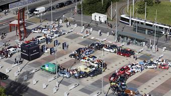 Für Klimaziel 1,5 Grad: Die Elektrofahrzeuge auf der Place des Nations in Genf.