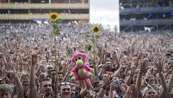 Die Schweiz hat eine sehr hohe Dichte an Konzertveranstaltungen und Festivals. Doch mittlerweile gibt es nicht mehr viel Luft nach oben, der Markt scheint gesättigt, befürchtet die Swiss Music Promoters Association SMPA. Immerhin gingen die Zahlen letztes Jahr noch ein bisschen rauf. (Archivbild)