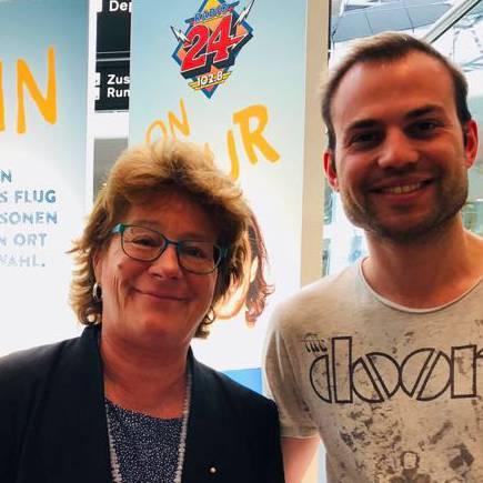 Sonja Zöchling ist bereits seit 33 Jahren als Mediensprecherin am Flughafen tätig: Sie spricht mit uns über vergangene und künftige Highlights am Flughafen