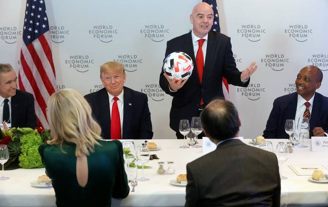 Abendessen am WEF in Davos: Donald Trump und Gianni Infantino am selben Tisch.