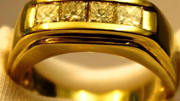 Online Auktion Fingerring Von Marlene Dietrich Gefallig People