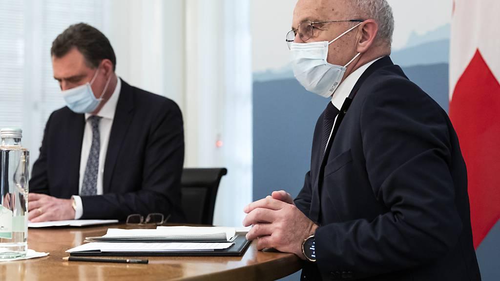 Bundesrat und Finanzminister Ueli Maurer (rechts) und Nationalbankpräsident Thomas Jordan.
