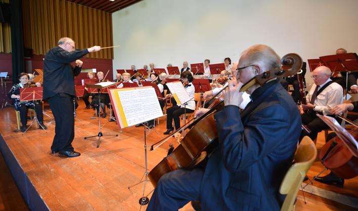 Das Senioren-Orchester der Region Baden lud zur Geburtstags-Matinée