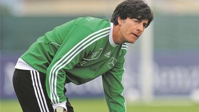 Bundestrainer Jogi Löw startete seine Karriere in der Schweiz. Foto: Andreas Gebert - EPA