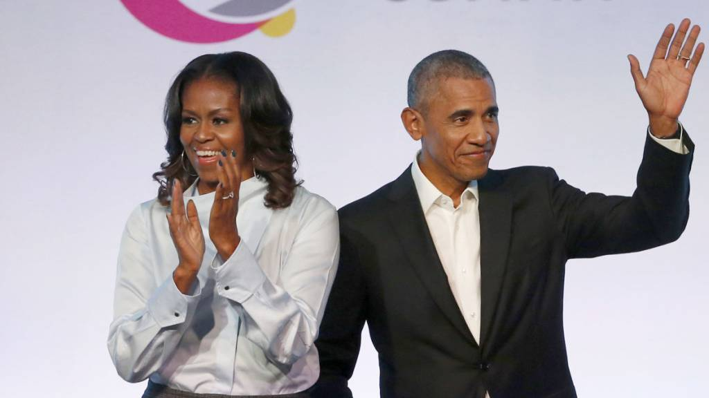 Barack zu Gast in Michelles Obamas Podcast