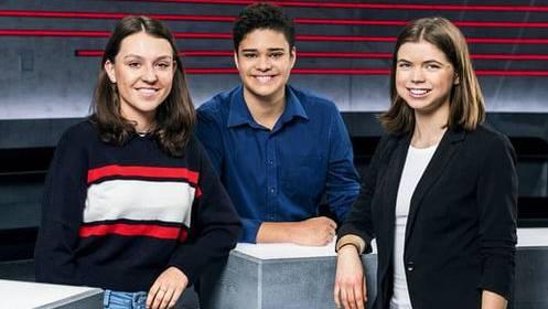 Jugendarena: Die beiden Leiterinnen und der Leiter.
