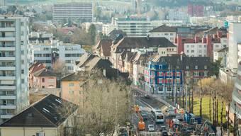 Das Schlieremer Zentrum im Wandel – ob es einen Stadtsaal erhält, wird sich am 4. März zeigen.