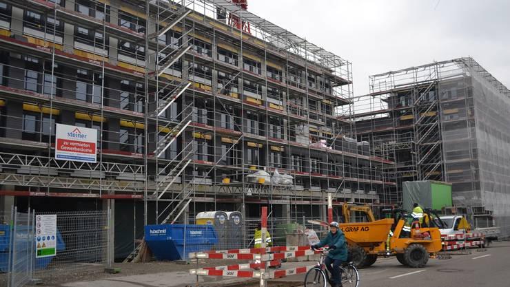 Das Bremgarter City-Center, das förmlich aus dem Boden schiesst, könnte zu einem Polizeizentrum mit Regionalpolizei und Kantonspolizei unter dem gleichen Dach werden.