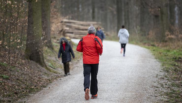 Gemäss einer Studie machte die Schweizer Bevölkerung während der Coronakrise weniger Sport.