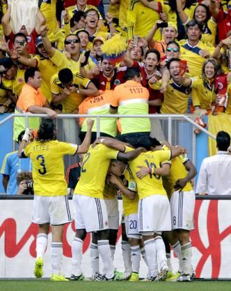 Die Kolumbianer jubeln über den Führungstreffer