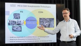 John Millard, Leiter Technologietransfer am PSI, weist auf die Möglichkeiten hin, die mit dem Business Incubation Centre entstehen.