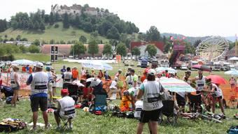 Gigathlon: Eindrücke von der Wechselzone in Lenzburg