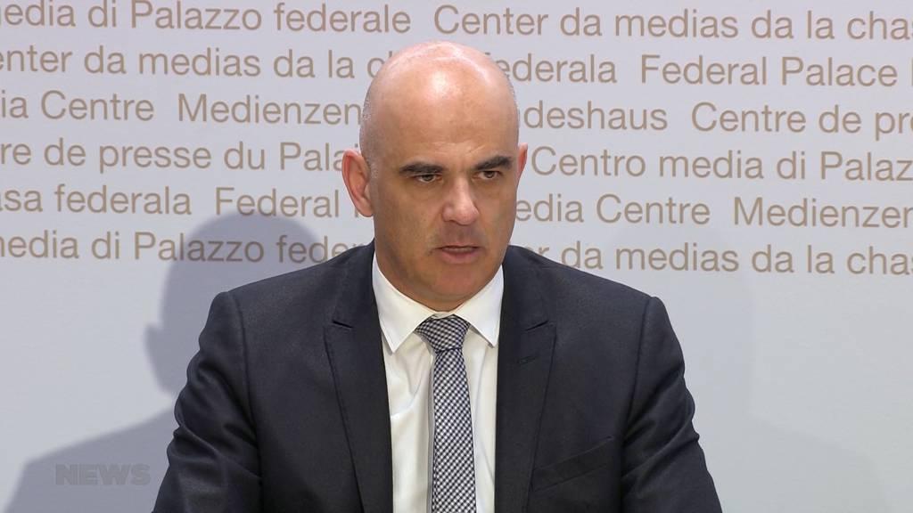 Bundesrat spricht erste nationale Reisewarnung aus