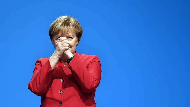 Angela Merkel wird am Parteitag in Essen als CDU-Vorsitzende wiedergewählt.