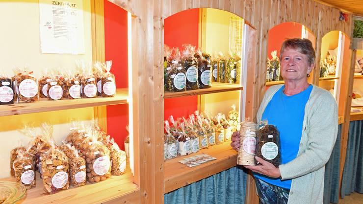 Bis Ende Jahr verkauft Tröchni-Huus-Gründerin Rita Windisch im Hofladen und auf Märkten die getrockneten Vorräte.