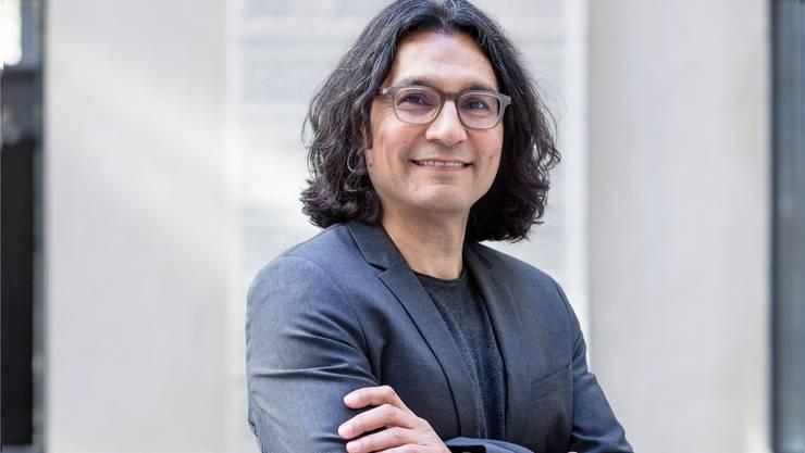 «Wenn ein Minarett gebaut wird, verliert man nichts. Im Gegenteil: Die westliche Kultur wird bereichert», sagt Abbas Poya, Gastprofessor an der Uni Zürich.