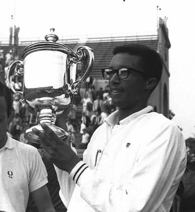 Arthur Ashes Sieg bei den US Open 1968 fiel in eine Zeit politischer Unruhen, vier Monate nach der Ermordung von Martin Luther King Jr.