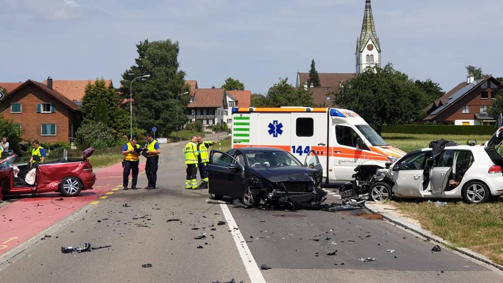Schwerer Unfall mit sechs Verletzten