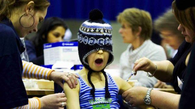 Während der Grippesaison suchen jährlich rund 200 000 Patienten eine Arztpraxis auf. Foto: Robin Utrecht - Keystone