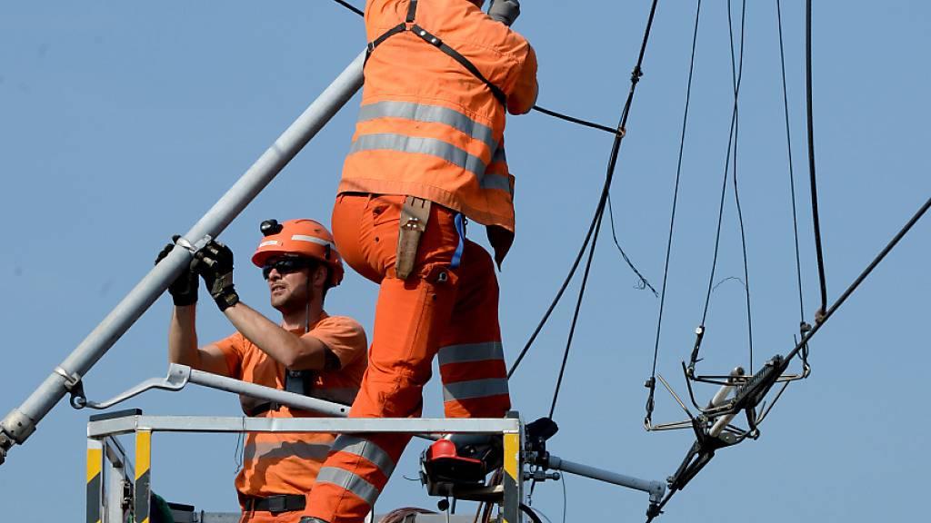 Eurocity-Zug bleibt in Sihlbrugg ZH stehen - 600 Reisende evakuiert