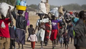 Hunderttausende Menschen flüchten vor Kämpfen in Südsudan