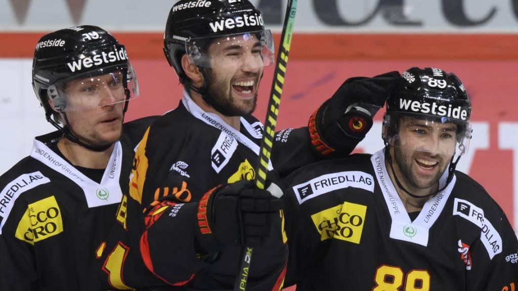 Siege für die Verfolger ZSC Lions und Freiburg - und für Bern