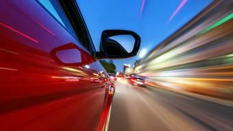 Die Faszination für Motoren kann auch eine Plage sein – vor allem, wenn deren Lärmemission unerträglich wird.