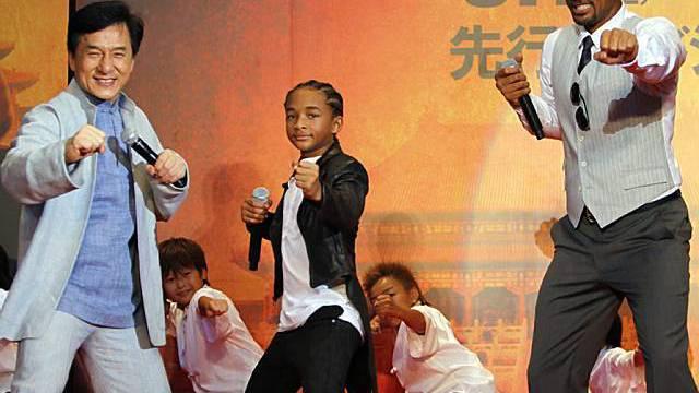 Jackie Chan, Jaden und Will Smith (vl.n.r.) in Tokio
