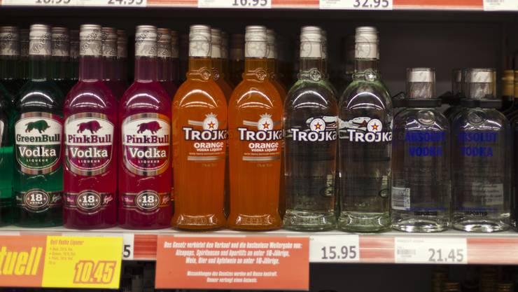 Trojka-Wodka-Regal