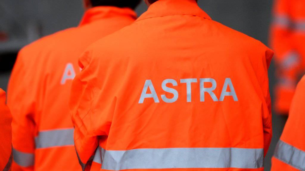 Verdacht auf Bestechung und Urkundenfälschung: Die Bundesanwaltschaft hat ein Strafverfahren gegen einen Mitarbeiter des Astra eröffnet. (Symbolbild)