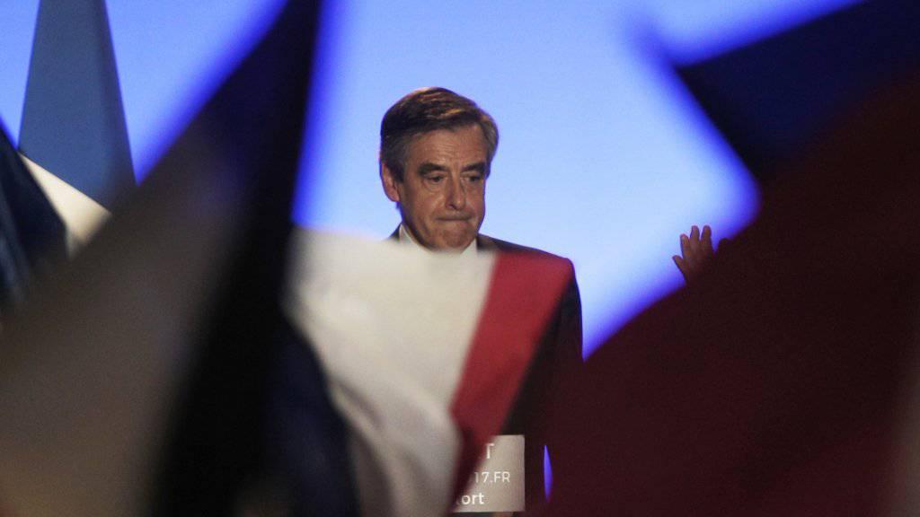 Der französische Präsidentschaftskandidat François Fillon hat überraschend einen Auftritt abgesagt. Laut Medienberichten will er bald eine Stellungnahme abgeben. (Archiv)