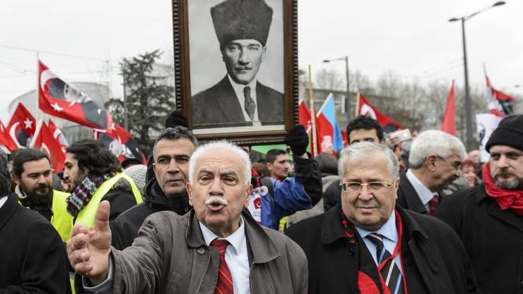 Das «Notwehr»-Argument darf man nationalistischen Türken wie  Doğu Perinçek nicht zugestehen.