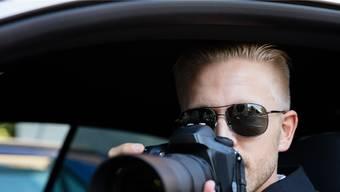 Sozialdetektive sind zurzeit im Fokus der Öffentlichkeit.keystone
