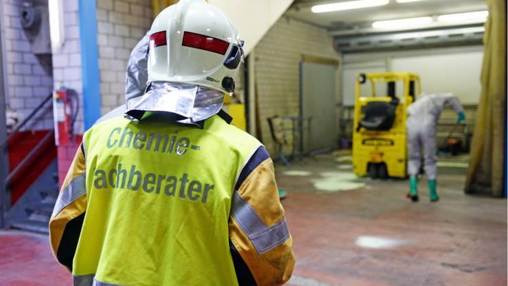 Säure ausgelaufen in Volketswil - niemand verletzt