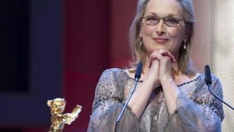 US-Schauspielerin Meryl Streep freut sich über den Goldenen Ehrenbären der Berlinale